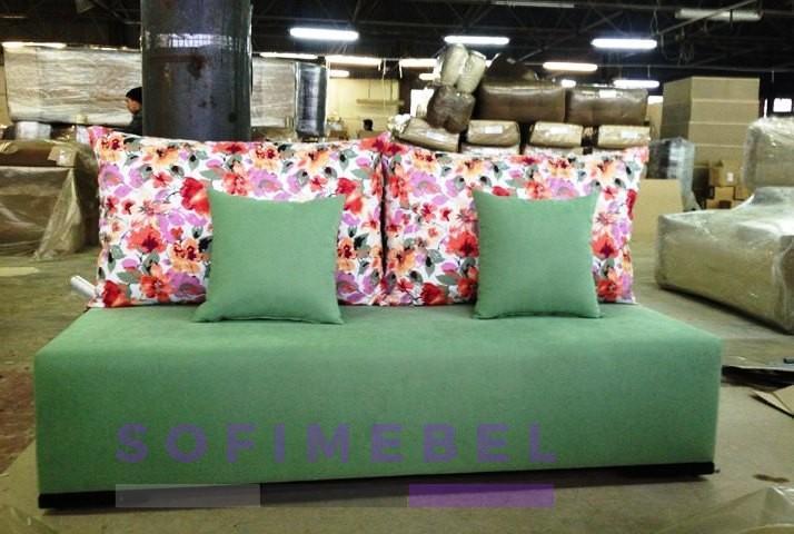 Зеленый диван под заказ